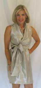 www.goodbyevalentino.com  Butterick 5850 silk/viscose blend - Mood Fabrics